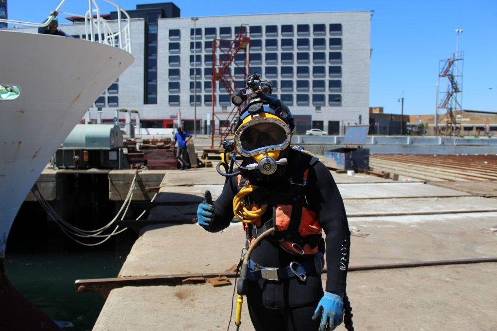 Atlatech diver